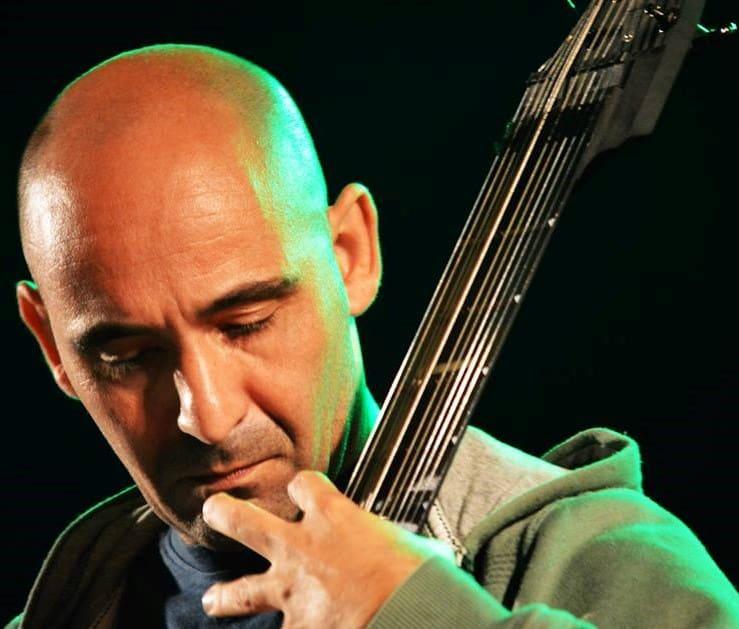 |Rodrigo Serrão apresentar-se-há dia 15 de Abril a solo neste espaço singular