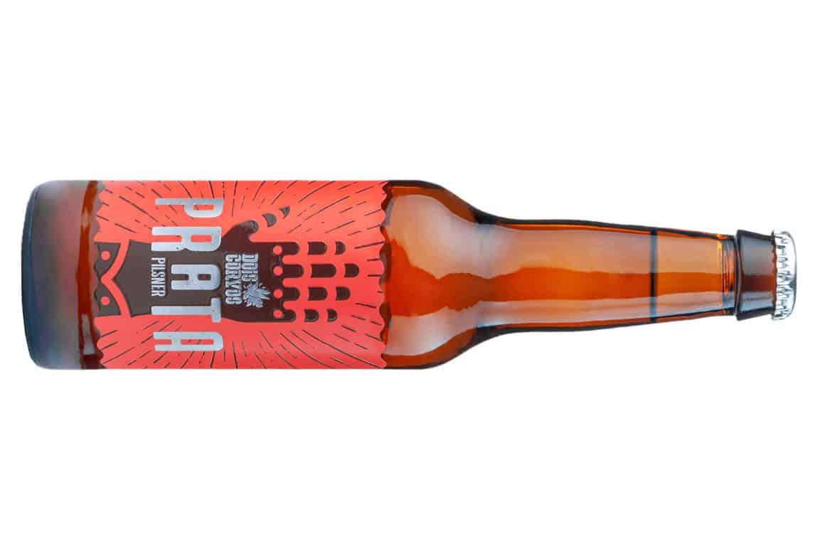 Prata é o nome da primeira cerveja pilsner, da premiada cerveja artesanal portuguesa, Dois Corvos, especialmente desenvolvida para o mercado nacional. A Dois Corvos Prata Pilsner, pretende alargar com este lançamento,