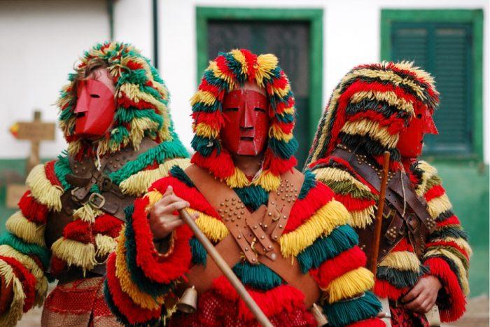 Saiba onde se pode divertir no Carnaval 2020! A animação está a chegar de norte a sul do País, pelo que a Coolture preparou para si um Guia de Carnaval, para que não perca nada de uma das épocas mais divertidas do ano.