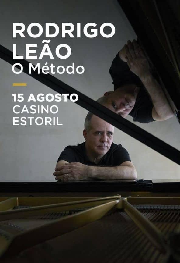 """Rodrigo Leão, reabre no dia 15 de Agosto às 22 horas o Salão Preto e Prata do Casino Estoril, com um concerto especial que apresenta dois novos trabalhos discográficos: o álbum """"O Método"""" e o EP """"Avis 2020""""."""